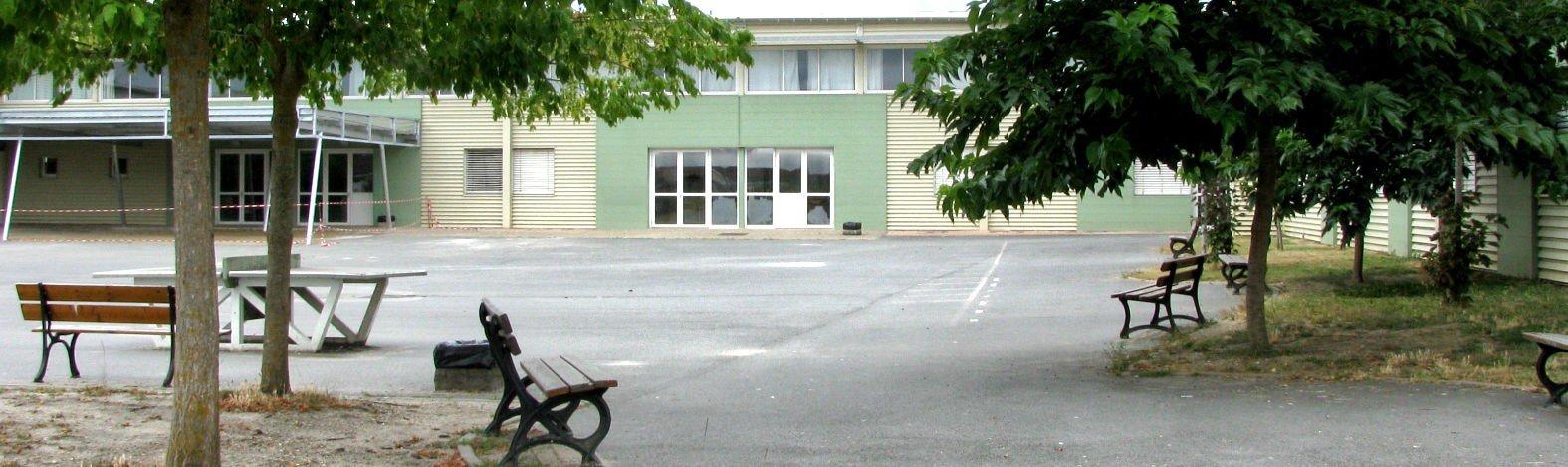 Collège Robert Barriere Sauveterre De Guyenne